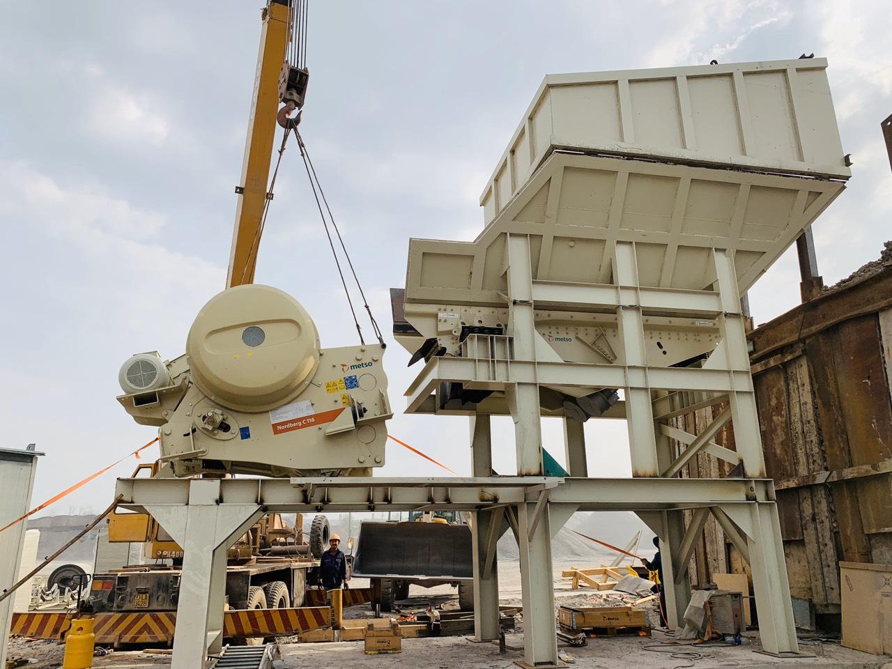 máy nghiền hàm Metso được lắp đặt tại mỏ